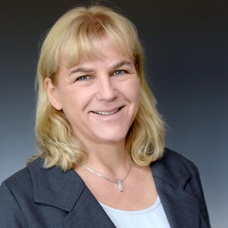 Manuela von Hacht – Vorstand der Stiftung